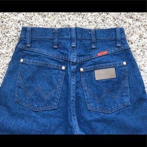 Wrangler straight leg jeans